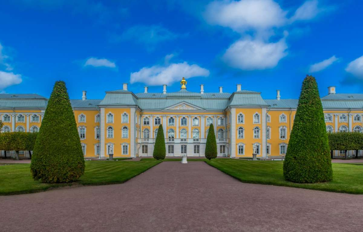 One Billion Rubles will be spent on the restoration of the Upper Garden of Peterhof